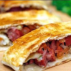 Pastel de Bacon com Queijo