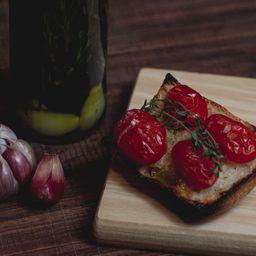 Bruschetta de Tomatinho Sweet Grape