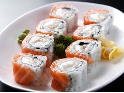 Salmon com Lichia Roll