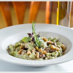 Gnocchi de Batata com Iscas de Mignon