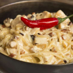 Spaghetti Carbonara Au Poulet à Alexandre Pato