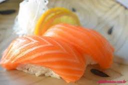 Sushi de Salmão - 6 Peças