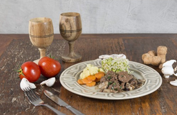 Filé Mignon com Cogumelos e Vegs e Arroz Integral com Brócolis