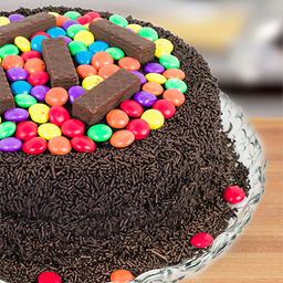 Bolo de Chocolate com Confete e Bis - Grande