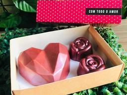 Coração Diamond e 2 Trufas Em Formato de Flor