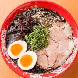 Black tonkotsu ajitama / 黒豚骨味玉
