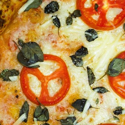Pizza Pomodoro & Basílico