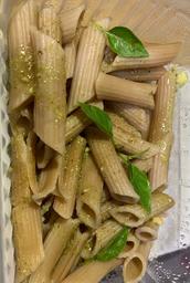 Penne Integral ao Pesto
