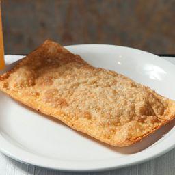 Pastel Paulista de Frango com Catupiry