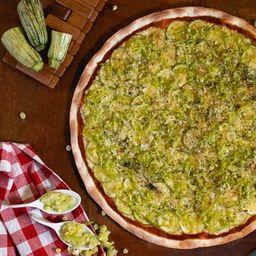 Pizza de Abobrinha e Alho - Grande