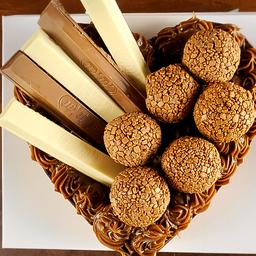 Coração de Chocolate Gourmet Recheado - Kit Kat 600g