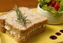 Sanduíche Natural de Ricota e Chia