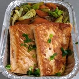 Teppanyaki salmão.. Serve 2 pessoas