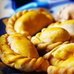 Empanadas argentinas de carne picante