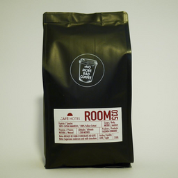 Café Hotel - Room 035 - Moído