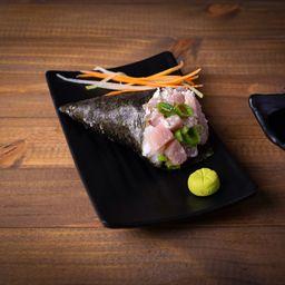 Temaki de atum com cream cheese