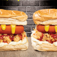 Casal hot dog frango