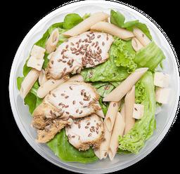 Salada Penne Integral com Frango e Brie