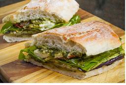 Sanduíche Pesto