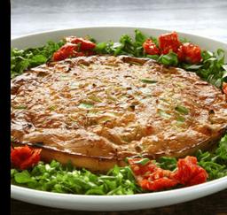 Omelete de Peito de Peru, Queijo Prato e Alho Porró