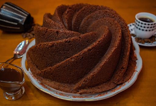 Bolo Espiral Chocolate com Calda de Chocolate