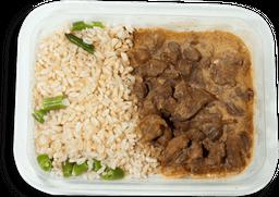 Strogonoff de Carne com Arroz Integral