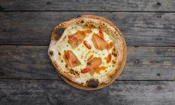 Pizza De Burrata E Parma