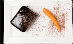Bolo de Cenoura Integral com Calda de Chocolate