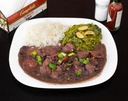 Feijoada, arroz e couve