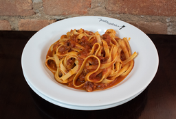 404 Fettuccine all' Amatriciana