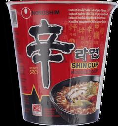 Macarrao instantâneo Shin 68 g