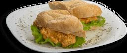 Sanduíches de Frango Mix Queijos - (quente)