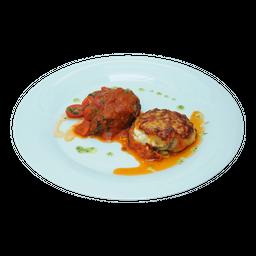 Medaglioni di Manzo alla Pizzaiola  e Parmigiana di Melenzane
