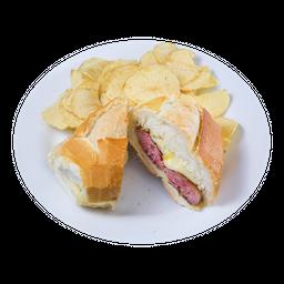 Lanche de Toscana + Chips