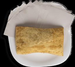Pastel de Calabresa com Queijo