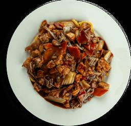 Macarrão Frito Chop Suey - Serve 4 Pessoas