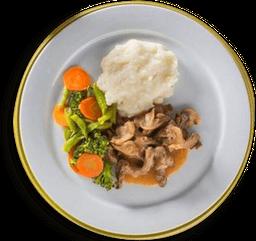 Strogonoff De Carne Com Pure De Aipim