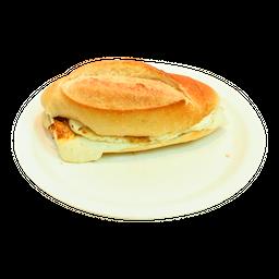 Pão com Requeijão ou Polenguinho