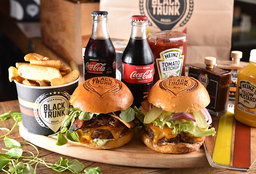 BLACK NIGHT (2 burgers 220g + 2 Refri + Batata)