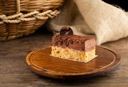 Torta de Mousse de Chocolate com Amêndoas - Fatia