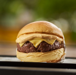 Burger Classic com Fritas EXCLUSIVO