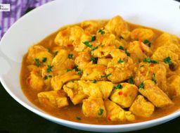 Compre 1 Curry e Ganhe 2  Samosas+ 1 Naan