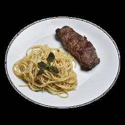 Bife de Chorizo con Spaghetti Aglio e Olio