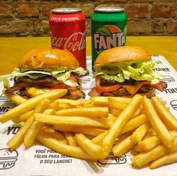 Double: 2 American Burger+ 2 porções de batata+ 2 refri