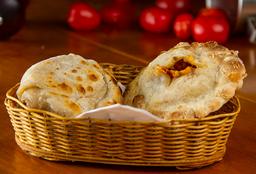Empanada de Queijo com Cebola