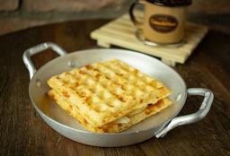 Lanche waffle de  Queijo Canastra