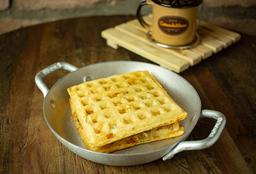 Lanche waffle  Queijo padrão  e Pernil