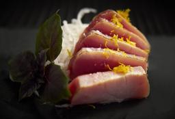 Sashimi Atum Maçaricado