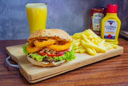 Big Burger + Fritas + Suco
