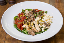 Salada de Frango, Brie & Pistache